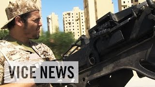 Видео Life After Qaddafi — Libya: A Broken State от VICE News, Ливия