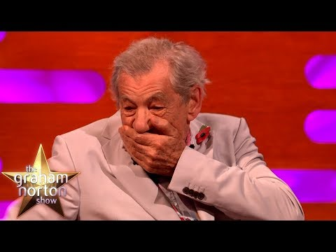 Sir Ian McKellen & Dame Judi Dench Sat In The Queen's Throne! | The Graham Norton Show
