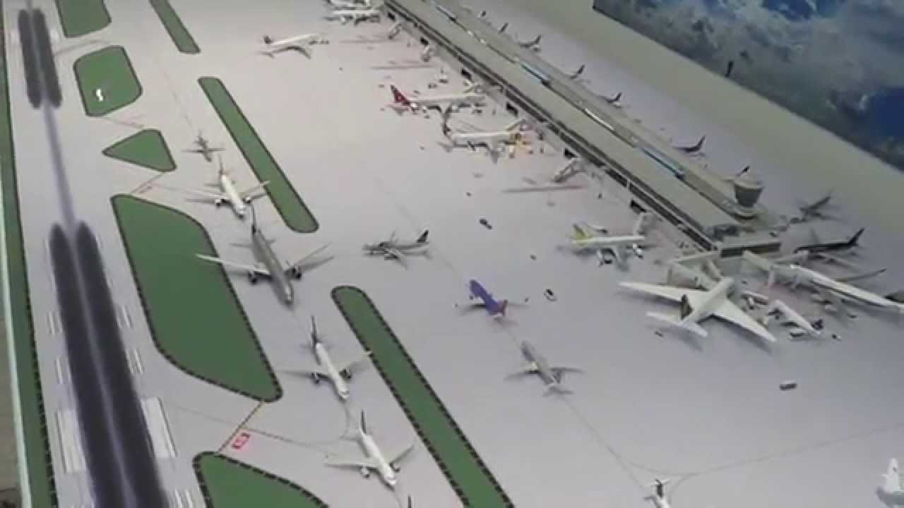 1 400 Geminijets Airport March Youtube