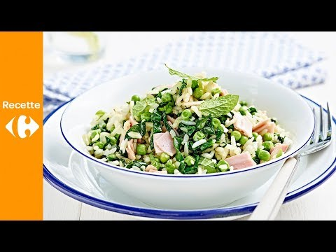 wok-de-riz,-jambon,-épinards-frais,-petits-pois-et-menthe
