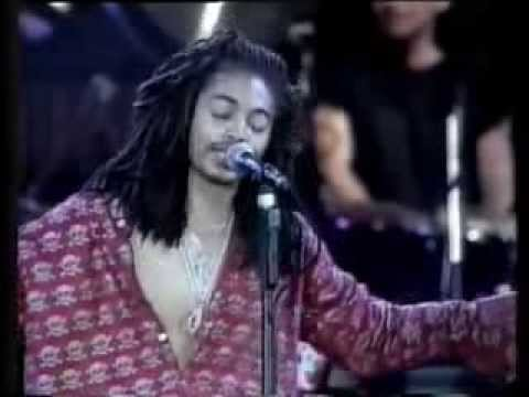 Terence Trent D'Arby - Sign Your Name [Hollywood Rock 1990]