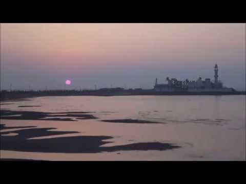 Time Lapse: Sunset at Haji-Ali, Mumbai.