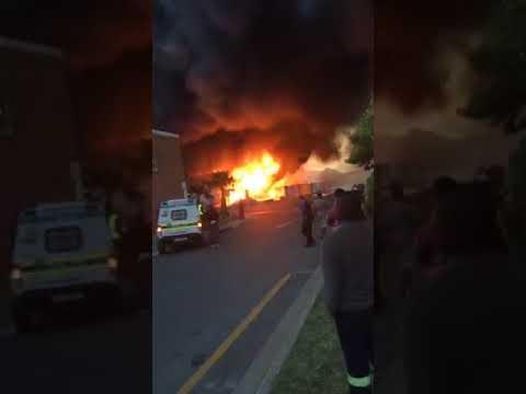 Killarney Gardens gas bottle factory fire, Cape Town, South Africa