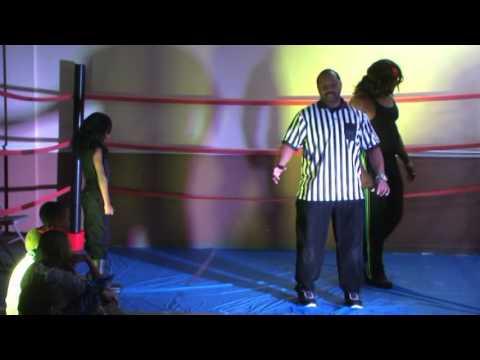 Children's Party - WWE Live Match - Kane Vs Undertaker