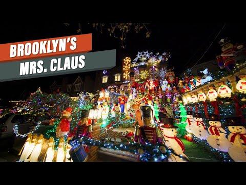 Brooklyn's Dyker Lights is NYC's biggest Xmas display