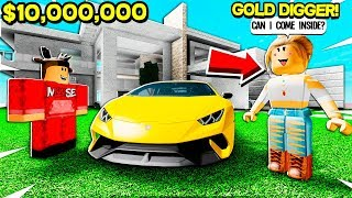 GOLD DIGGER Snuck Inside My $10,000,000 MANSION in Roblox!