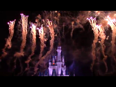 final-wishes-nighttime-spectacular-at-magic-kingdom-fireworks-last-performance-finale-sing-along