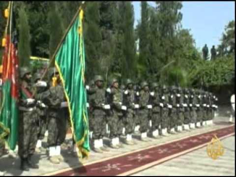 لقاء الرئيسين الباكستاني زرداري ونظيره الأفغاني كرزاي