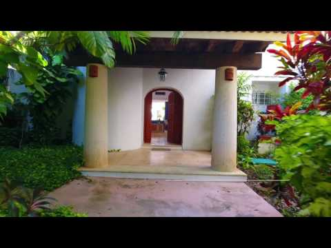 Villa Las Flores Cozumel Living Real Estate