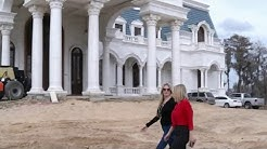 What's happening with Windermere 'Versailles' mansion?