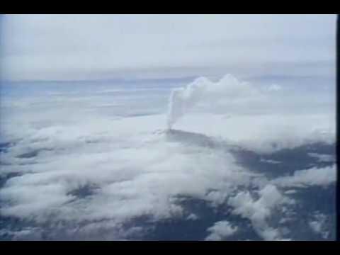 Vulcão entra em erupção na Colômbia e destrói 12 cidades (1985)