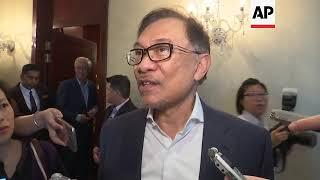 Anwar Ibrahim tells Singapore audience he