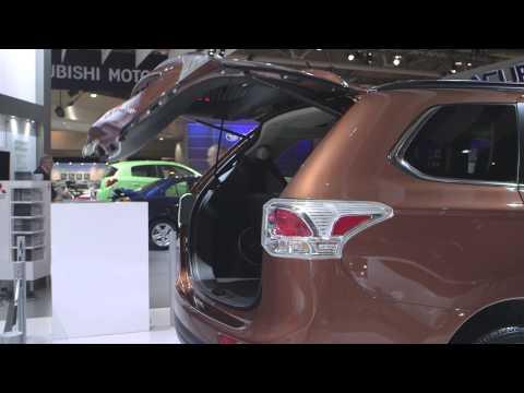 Toronto Auto Show: 2014 Mitsubishi Outlander