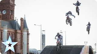 Motorcycle stunt riders jump and flip | BoldDog FMX Team | Britain