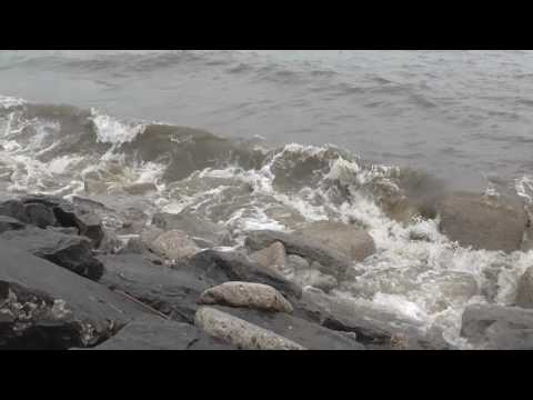 Lake Huron Waves And Water Sounds!! Big Waves On The Lake 2017