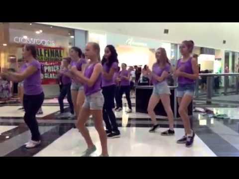 Flash mob Gympie