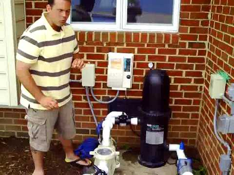 How a Swimming Pool Filter System Works Video