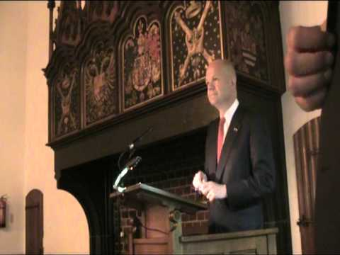 """Foreign Secretary William Hague: """"International Law and justice in a networked world"""""""