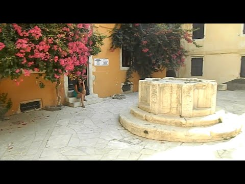 Corfu Town, Krematsi Square , The Old Venetian Well 09.09.2013