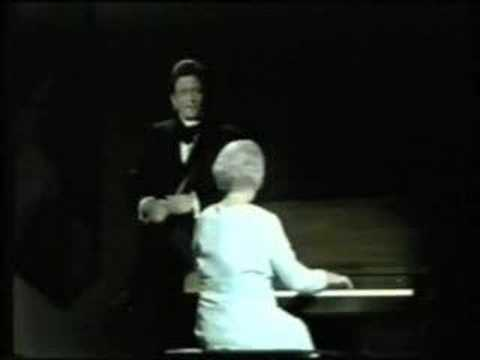 "Johnny Cash and his Mom perform ""The Unclouded Day"""
