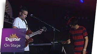 Alex Vargas - Higher Love (Live at Reeperbahn Festival 2016)