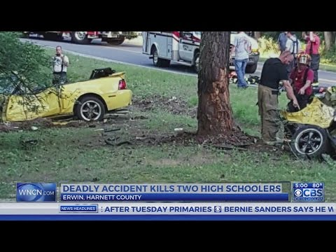 2 Harnett County teens die after vehicle hits tree, splits in half