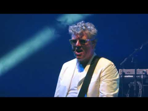 Tom Bailey (Thompson Twins) - Hold Me Now 30 Nov 2017