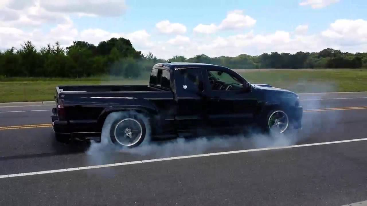 Toyota Ta a X Runner burnout