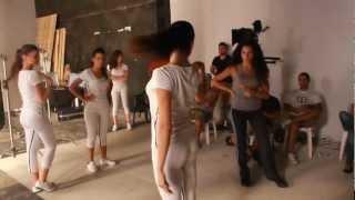 Repeat youtube video Nancy Ajram|  نانسي عجرم | كواليس دعاية  ألين