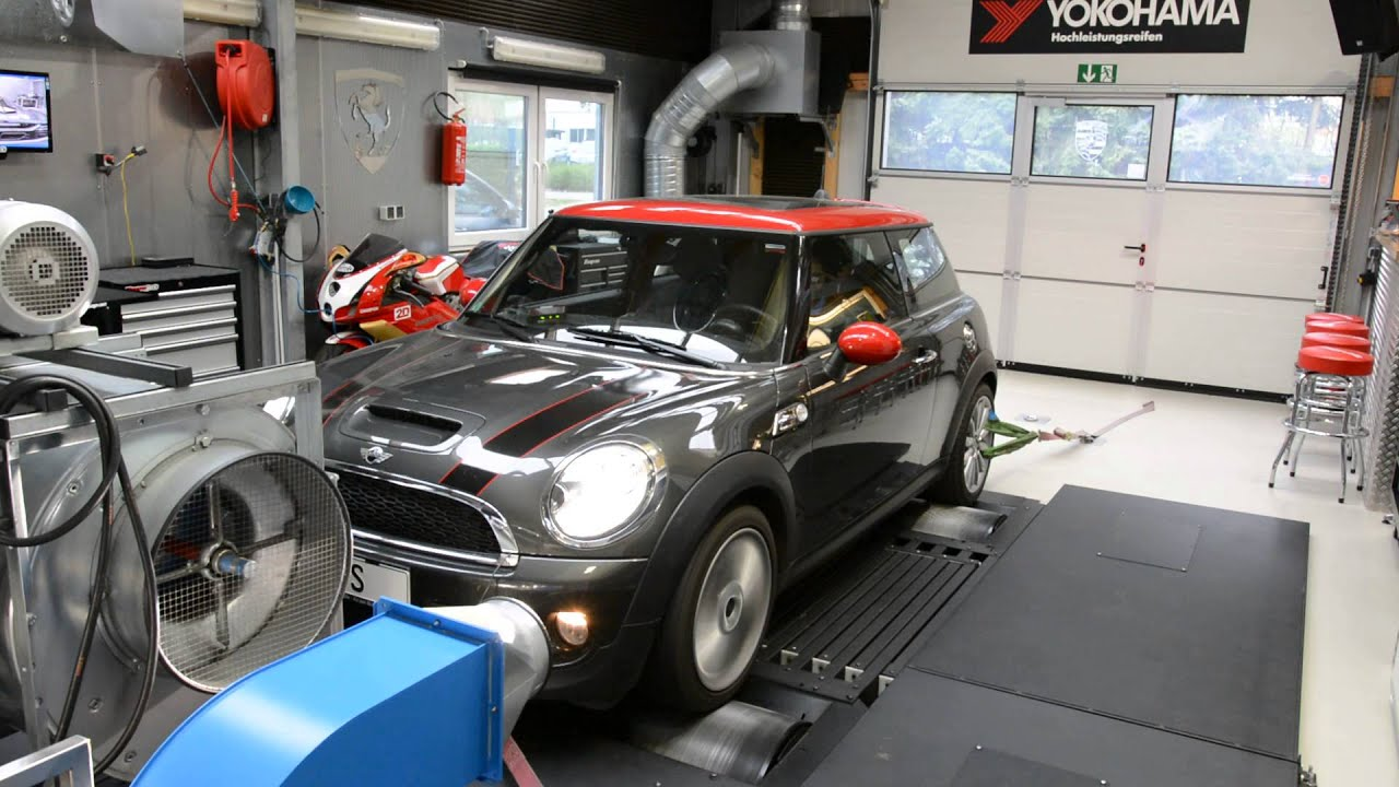 mini cooper jcw r56 1 6 turbo tuning youtube. Black Bedroom Furniture Sets. Home Design Ideas