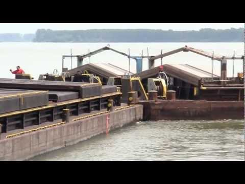 Cargo Ship Traffic on the Danube River ,560-580 km,  2011.maj.07.