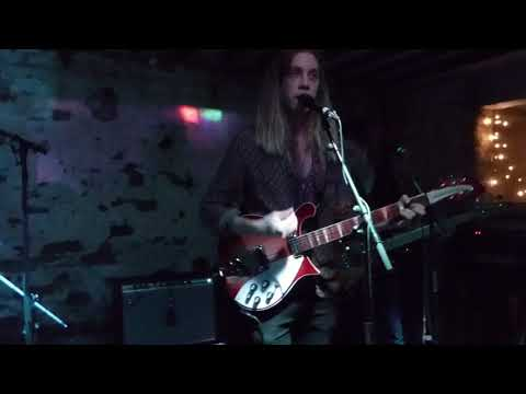 Isaac Gracie - Terrified - Live @ Shipping Forecast Liverpool - October 2017