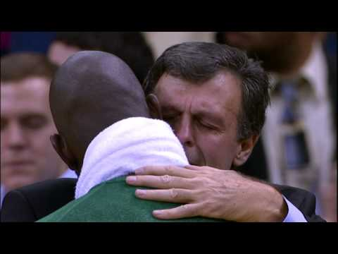 McHale & Garnett share emotional embrace following game