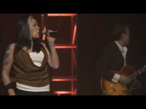 Joe Bonamassa with Beth Hart - Sinner's Prayer at The Beacon Theater NYC