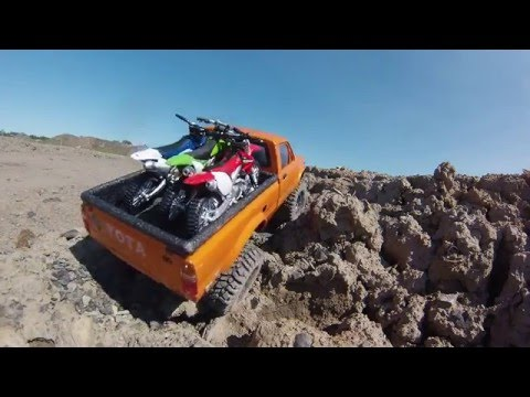 RC Scale Crawler 4x4 - Yota Desert Creek motocross track
