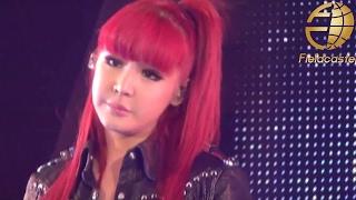 2NE1 「IT HURTS」 live (Girls Award 2011 TOKYO) FULL [Press Camera]