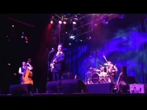 Jun 11, 2015 The Cold Hard Cash Show house of Blues Mandalay Las Vegas