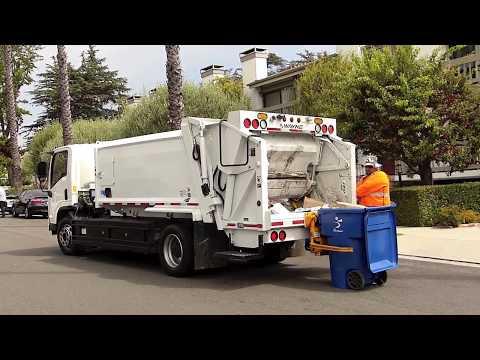 Santa Monica's Electric Trash Truck Demo