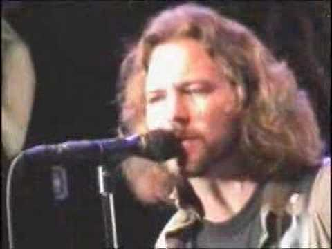 Pearl Jam - Yellow Ledbetter - Pedreira Curitiba - 30/11/2005. 石井