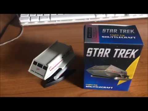 running-press-deluxe-mega-kit---light-up-shuttlecraft