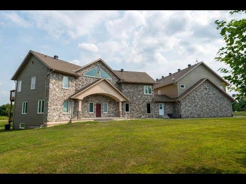 104 Country Meadow Drive, Huntley Ward, Ottawa, K0A 1L0