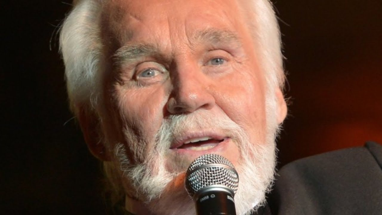 This Was Kenny Rogers' Favorite Song To Sing
