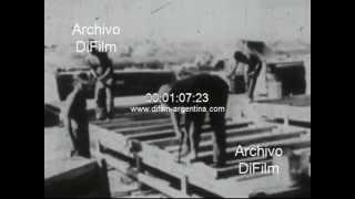 DiFilm - Robert McNamara meet authorities in Vietnam 1968