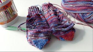 Repeat youtube video 2 Socken gleichzeitig stricken - die CraSy Herzchenferse