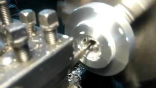Nacinanie gwintu trapezowego nożem tokarskim ''HAR-MET