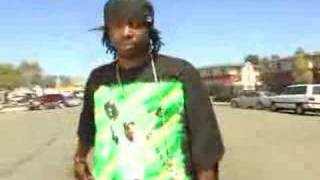 Yukmouth in his neighbourhood (from thizz block report dvd)