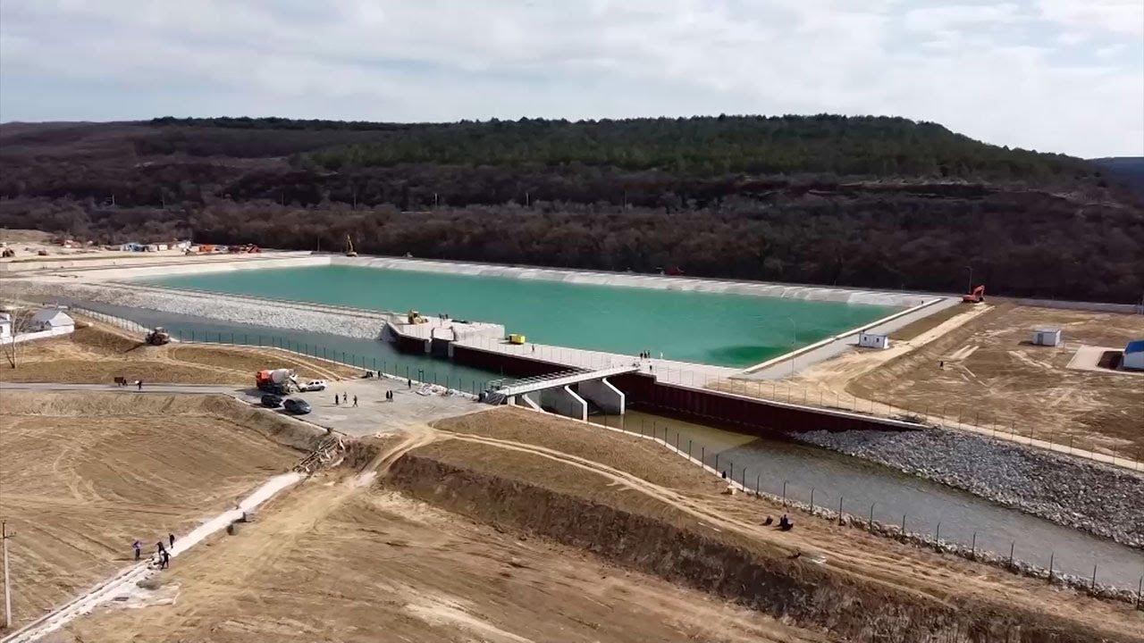 В Крыму открывается построенный за 115 дней уникальный гидрокомплекс