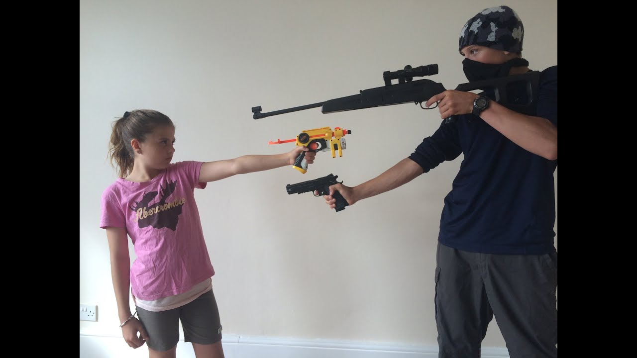 Nerf Robbery - Defend the House - YouTube