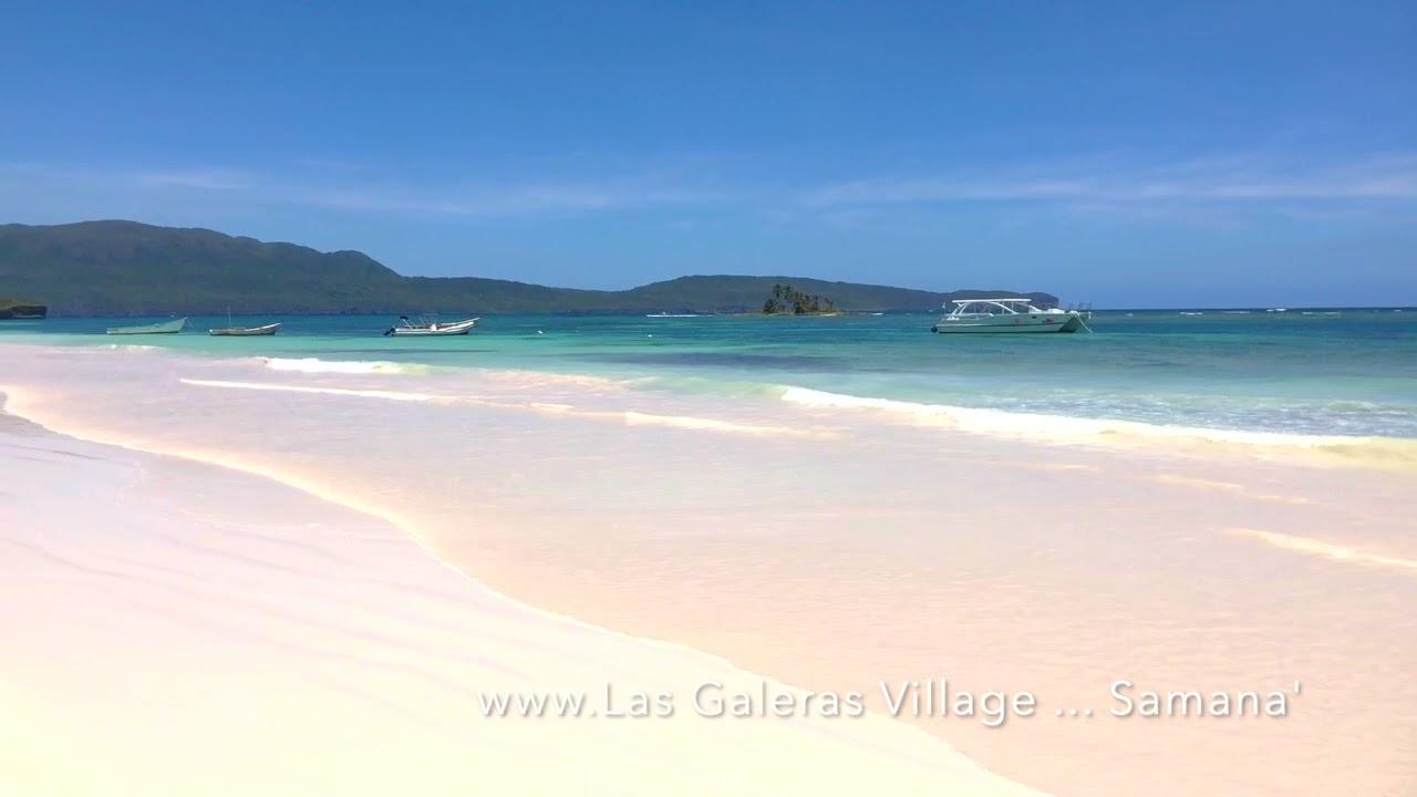 La playa de fina arena blanca.......