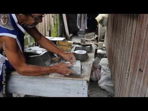 The pot maker (a supplier of the Bonsai artists)